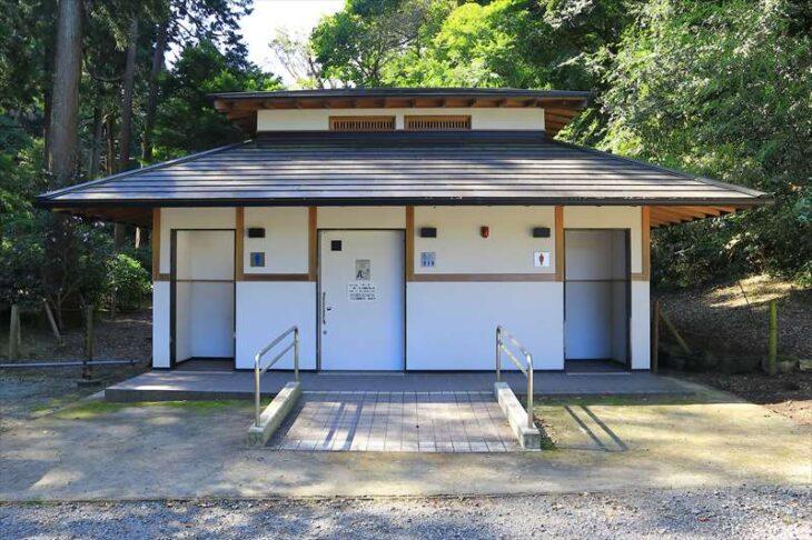 浄智寺のトイレ