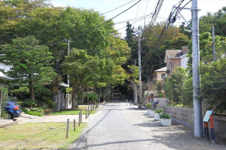 妙本寺の参道
