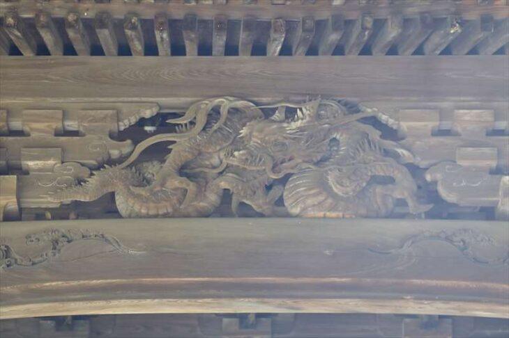 妙本寺 祖師堂の龍神