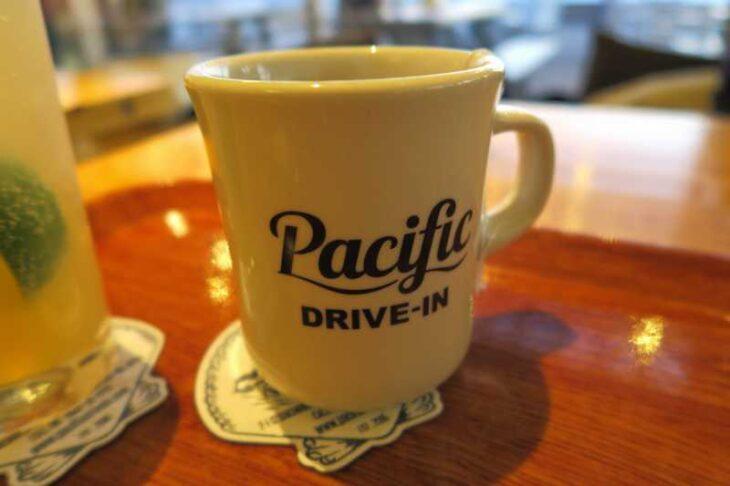Pacific DRIVE-IN 七里ヶ浜のマグカップ