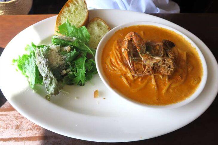 Restaurant Donの食事 ワタリガニのトマトクリームスパゲティ