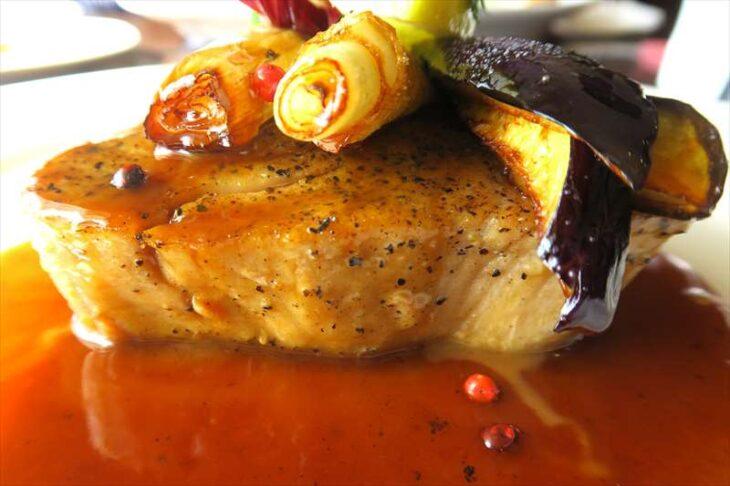 Restaurant Donの食事 マグロのペッパーステーキ