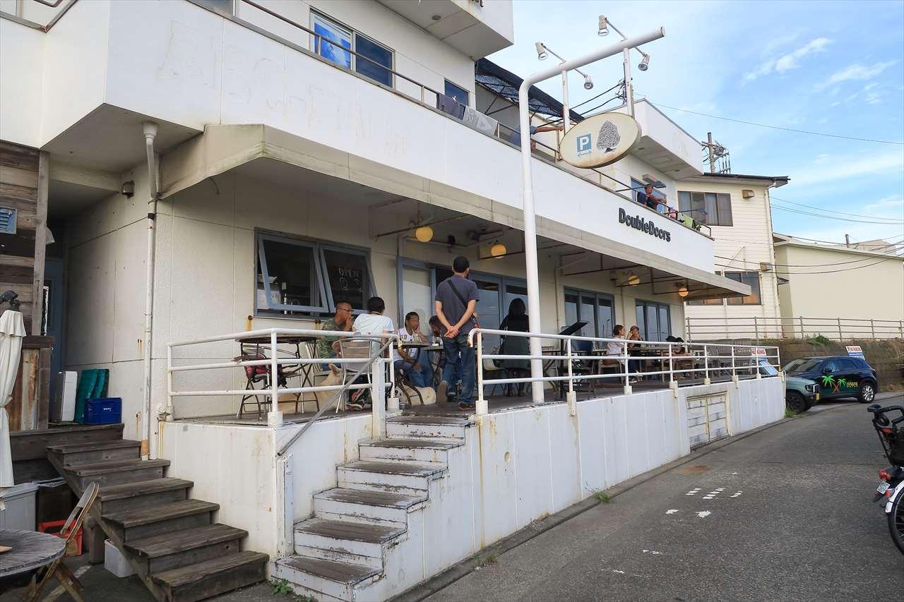 Double Doors(ダブルドアーズ)七里ガ浜店はボリューミーなカフェレストラン