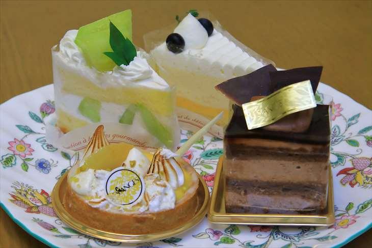 レ・ザンジュのケーキ
