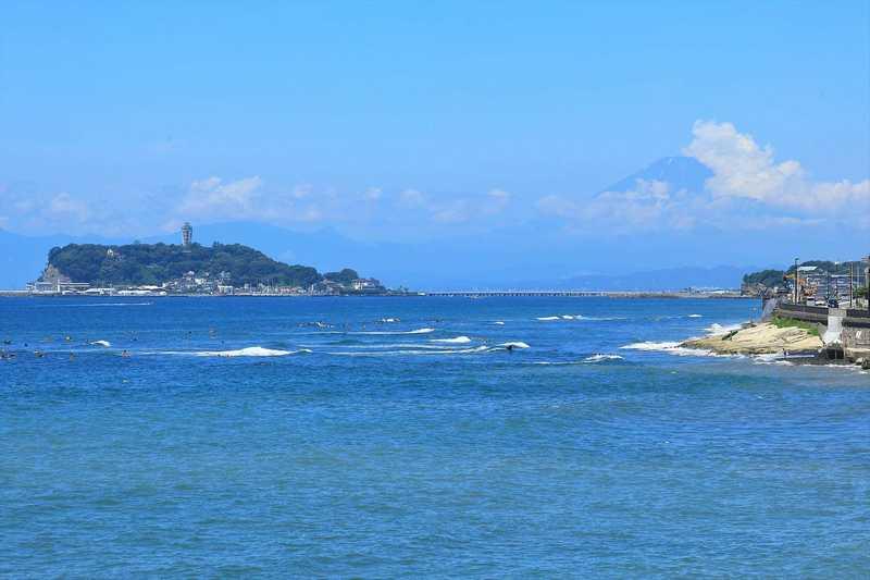 鎌倉 稲村ヶ崎からの江ノ島と富士山